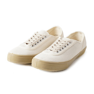 Lace Low cut Off White Canvas/Gum sole