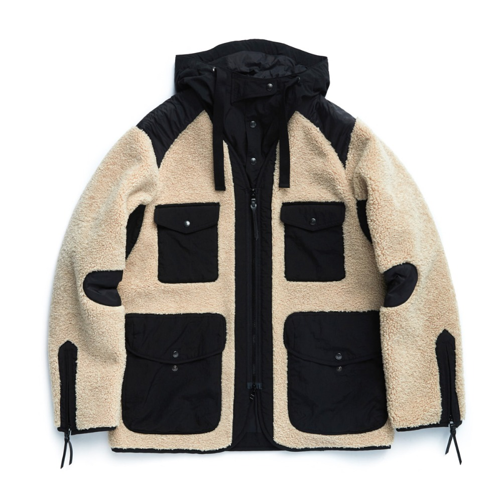 "EASTLOGUE Traveler Jacket ""Beige & Black"""