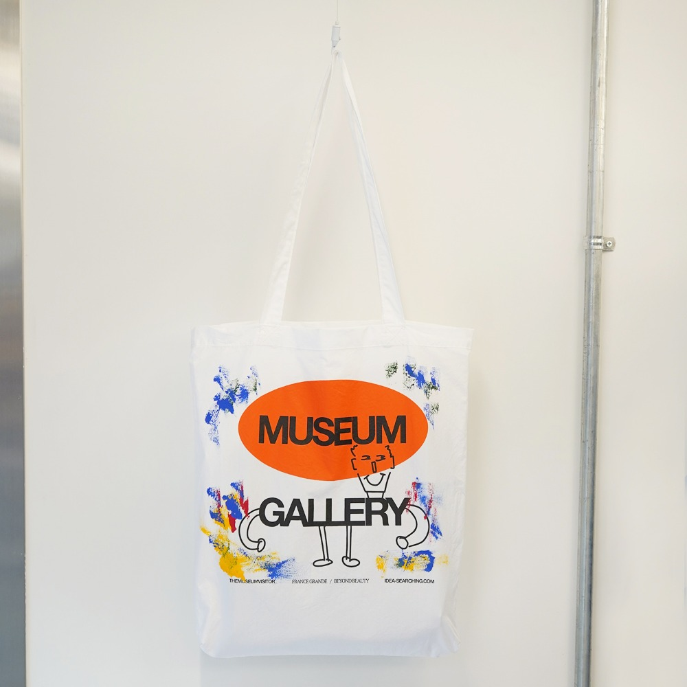 "THE MUSEUM VISITOR Museum Gallery Ecobag ""White"""