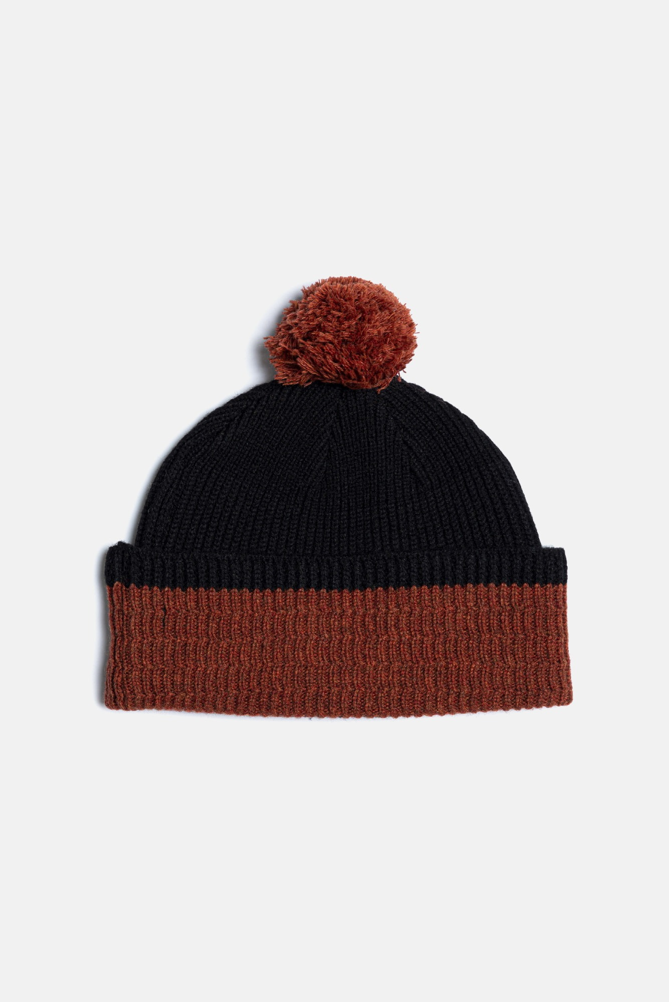 "EASTLOGUE Pom Beanie ""Black & Orange"""