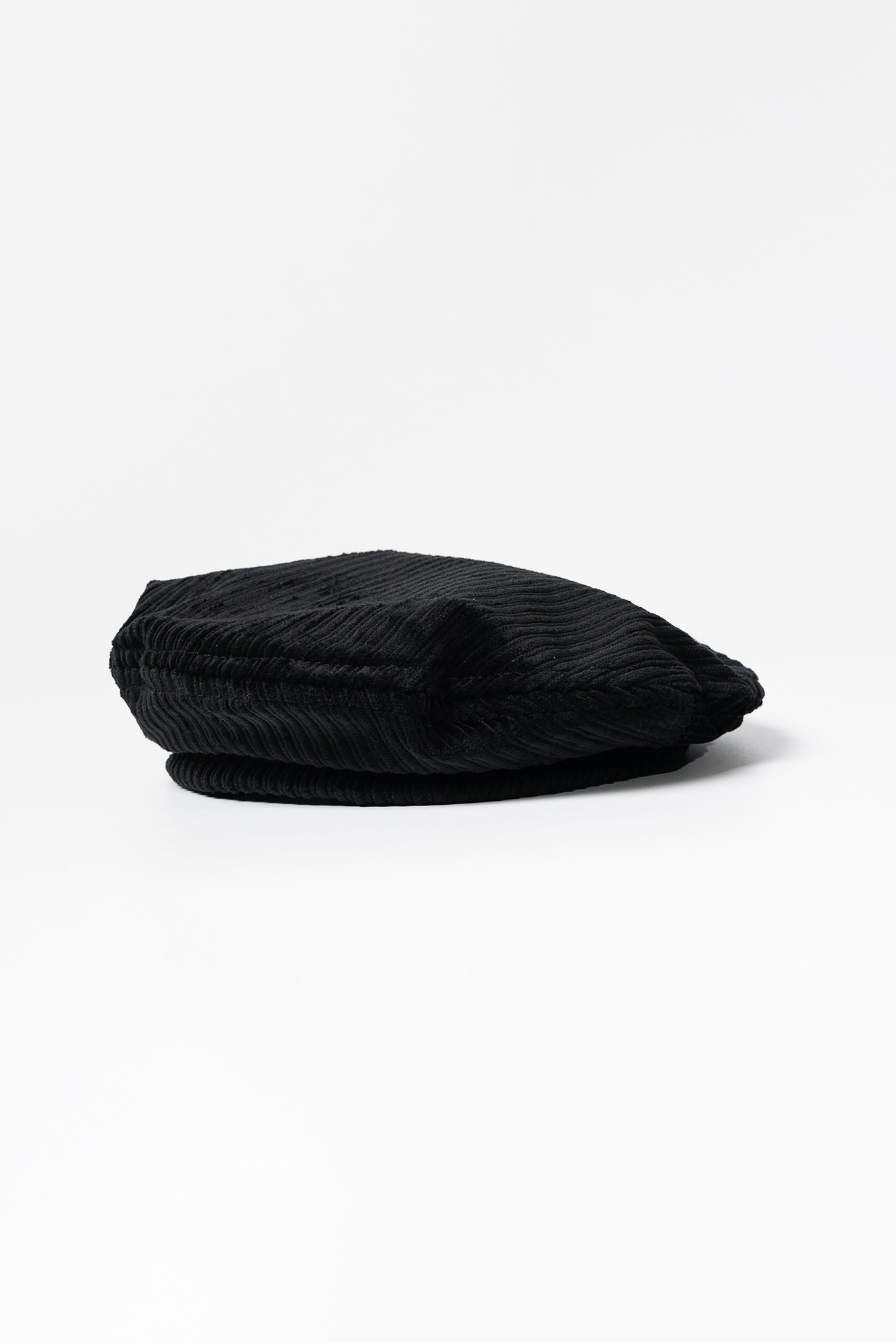 "ENGINEERED GARMENTS Beret ""Black Hi-Lo Corduroy"""