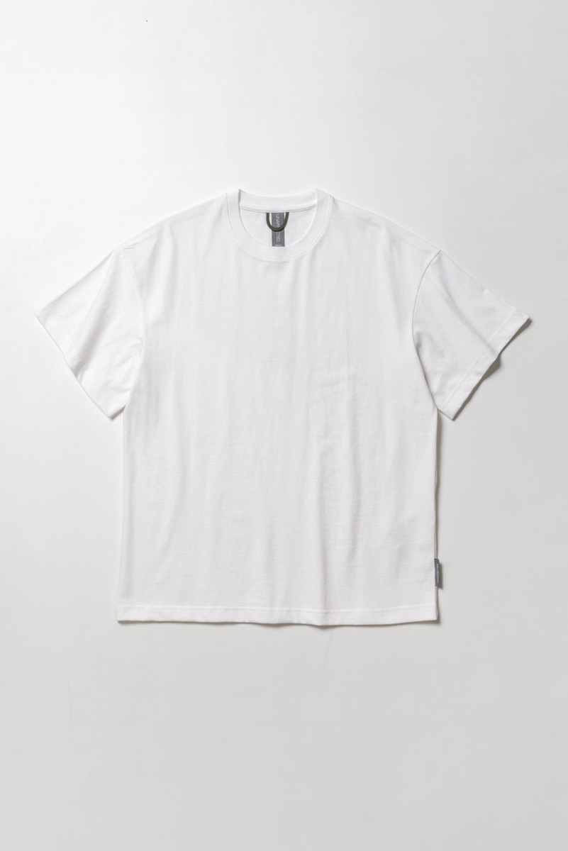 "UNAFFECTED Logo Label T-Shirt ""Off White"""